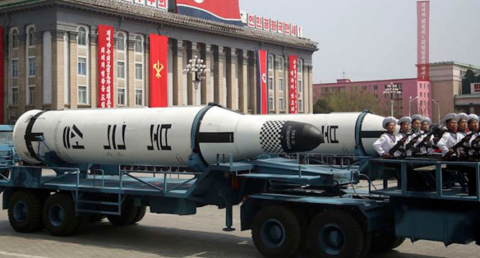 La Corea del Nord sfida gli Usa: nuovo test missilistico