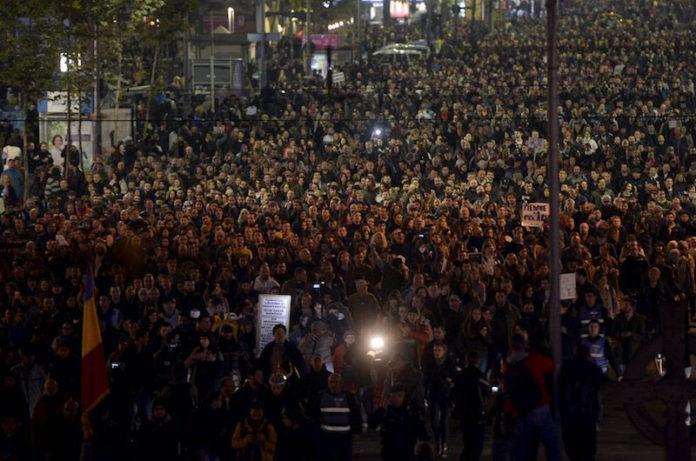 Romania:anticorruzione,250mila in piazza
